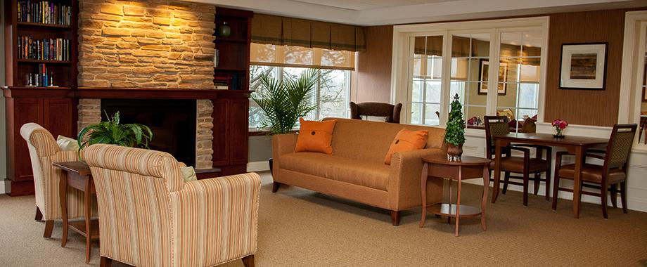 HCrenoslide_livingroom